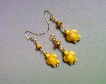 Bright Yellow Turtle Pendant and Earrings (0183)