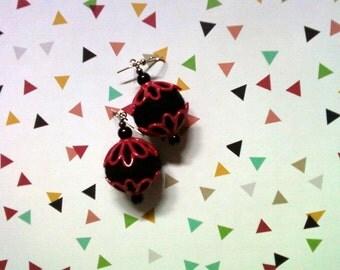 Black and Fuschia Felt Earrings (2026)