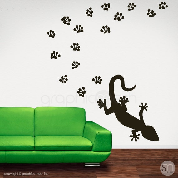 Wall decals gecko with pawprints removable vinyl stickers for Custom vinyl mural prints