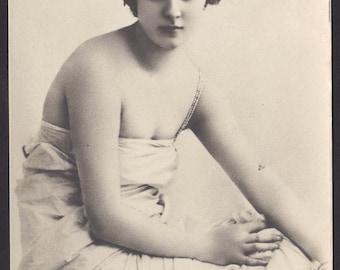 Lina Cavalieri, Imperial Russian Card, circa 1900