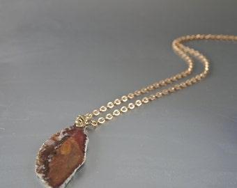 Vintage Sardonyx Slice Pendant Necklace Czech 60's/70's Filigree Goldtone