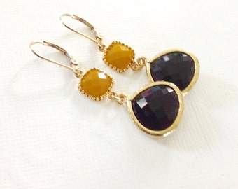 Black Earrings, Black Dangle earrings, Gift for her, mom, wife, gold and black, black and mustard drop earrings, Leverback,Bridesmaids Gift,