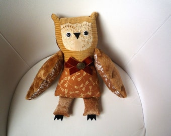 Jane owl.Soft art toy creature by  Wassupbrothers.Stuffed animal, textile doll, buho, art bird, unique huggable friend