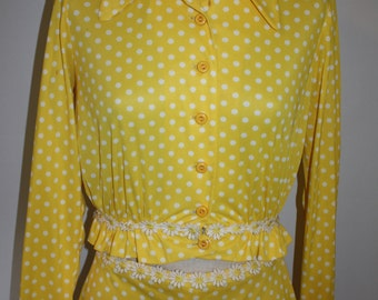 Vintage 1970s Pant Suit Set Yellow Polka Dot Polyester Bell Bottoms Daisy Trim 2 Piece