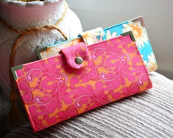 Wallet pattern sewing your own purse . Pick A Pocket Wallet by ChrisW Designs
