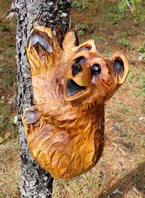 Climbing bear carving chainsaw by chainsawsculptress