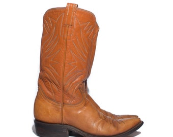 6 | 1960's Gold & Black Label Tony Lama Western Boots Two Tone Brown Pointed Toe Cowboy Boots