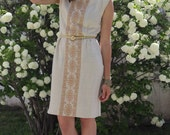 Beautiful 1960s Embroidered Linen Sheath Dress - S/M