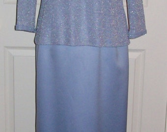 Vintage Ladies Silver Blue Evening Gown Formal by Alex Evenings Size 6 Only 10 USD