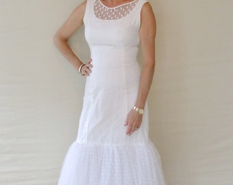 1960s White Vintage Wedding Dress / Alternative Wedding Dress/ Polka Dot Mermaid Wedding Dress