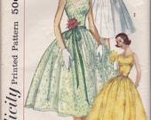 Beautiful 1950s Flared Dress Pattern Simplicity 2089 Size 11