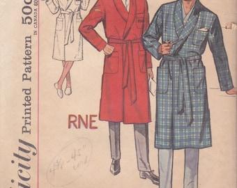 Classic Men's Monogram Robe Pattern Simplicity 4739 Size Small