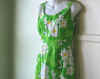 Mod Green Daisy Print Maxi Dress~1960s Floral Sundress; Small~Summer Cocktail Party Maxi