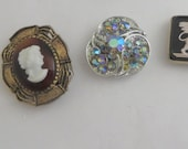 Set of 4 Vintage Re Purposed Jewelry Magnets Home Decor Kitchen Office