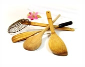 Vintage Wooden Kitchen Utensils 4 set wood spoon, spatula, paddle stirrer, strainer w. brass screen. solid Oak Maple wood set of 4 oldies.