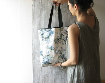 flower tote bag with long handles / shabby chic bag with blue flower / cotton shopper for her / large grocery bag / beach bag / ecofriendly
