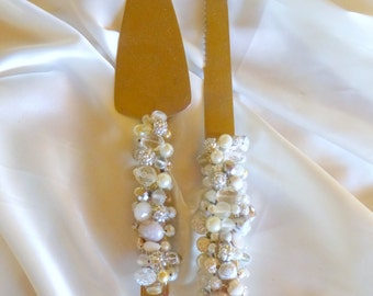Beaded and handwired Stainless Steel Wedding Server and Knife