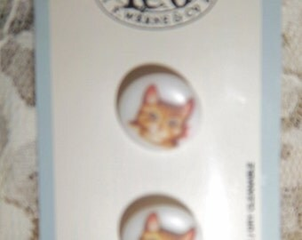 """JHB Buttons Peter Rabbit 1/2"""" BrownTabby Cat Face Buttons With A Pink Bow Vintage New"""