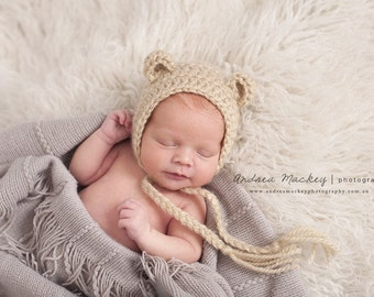 Baby Bear Bonnet / Newborn Bear Hat / Newborn Bear Bonnet / Photography Props / Newborn Props / Newborn Baby Bonnet / Bear Bonnet / Bear Hat