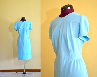 1970s Vintage Plus Size de Leon Aqua Blue Sheath Dress size XL bust 42