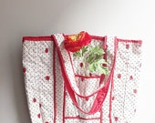 Vintage 60s ladybug bag/ Vera Neumann/ white cotton tote/ tiny polka dots/ cute shopping bag