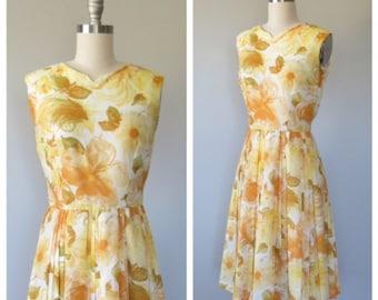 60s cotton floral dress size small / vintage floral dress