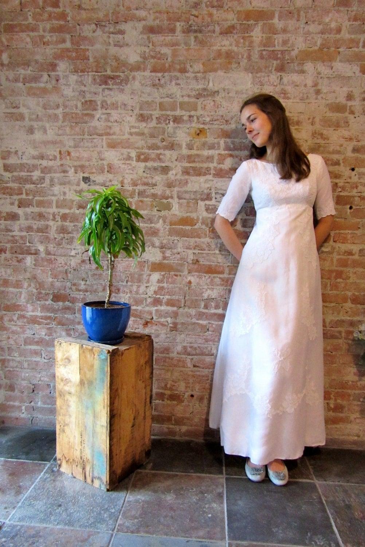 1960s white wedding dress empire waist small size for Wedding dress large bust small waist