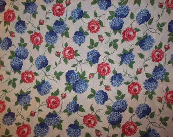 4 PLUS YARDS Vintage Roses Fabric Vintage Floral Red Blue Green Flowers Cottage Style