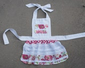 Little Girls Apron, Childs Apron, Toddler Apron, with Pocket Pretend Play Child Kid Toddler Montessori Pink Floral