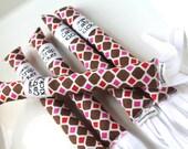 Harlequin Kitty Kicker Stick Organic Catnip Toy Brown Red Pink