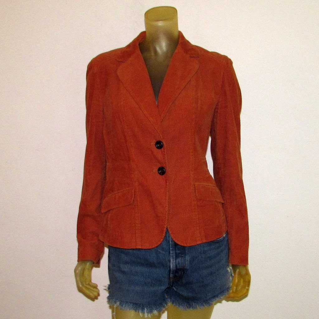 Elegant Jackets for Women. Looking for the perfect finishing touch for your.
