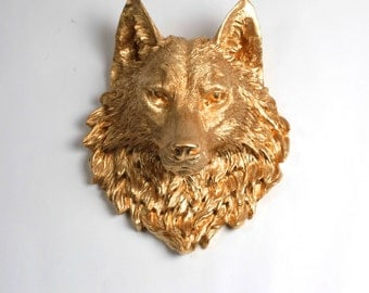 The Dexter - Gold  Resin Wolf Head - Resin White Faux Taxidermy - Chic & Trendy - White Faux Taxidermy