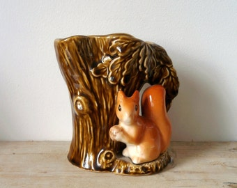 Vintage SYLVAC Squirrel Spill Vase china figurine