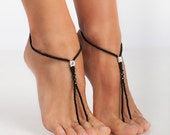 Black Beaded Barefoot sandals Bridesmaid jewelry Beach accessory Bridesmaid gift Fashion accessory Toe ring Beach wedding Anklet Black