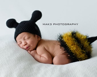 Crochet Bumble Bee Tushy Topper and Hat Set - Size Newborn (PATTERN ONLY)