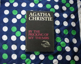 a plot analysis of by the pricking of my thumbs by agatha christie Compre o livro by the pricking of my thumbs: a tommy and tuppence mystery na amazoncombr: confira as ofertas para livros em inglês e importados.