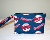 Minnesota Twins MLB Wristlet Pouch or Cross Body Bag, Smart Phone Bag, Digital Camera Bag, iPod Bag, Padded Bag, Small Tech Bag