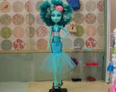 """Honey's """"Goregeous Gown"""" Glamor Ghoul Gown, Made to Fit Monster High Dolls"""