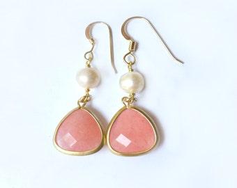Pink Coral Earrings, Coral and Pearl Earrings, Pearl and Coral Jewelry, Coral Bridesmaid Jewelry Gift, Pink Bridal Jewelry, Dangle Earrings