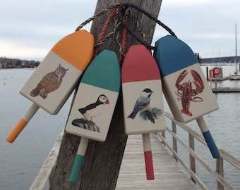 Cedar Lobster Buoy with Bird Illustartion