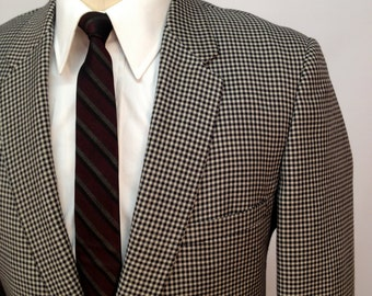 Vintage 60s Black and White Houndstooth Blazer by Eagle Clothes Size 40