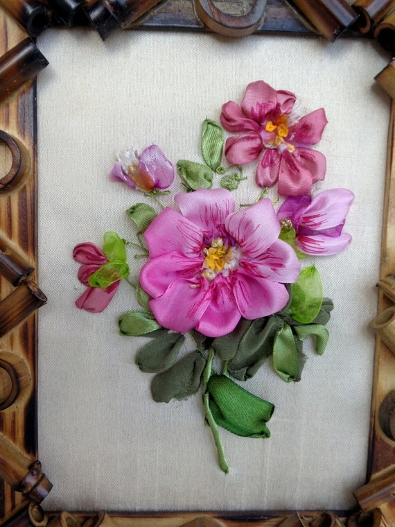 Small framed picture embroidery desings silk ribbon