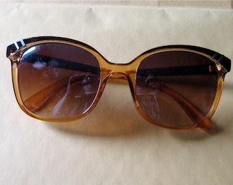Super Chic Vintage 1980s Italian Sunglasses