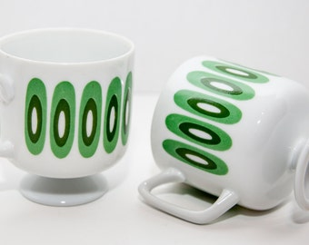 Pair of Green and White Op-Art Mod Footed Mugs