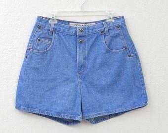 "Vintage 90s Zena Light Wash High Waisted Denim Shorts, Blue Jean Shorts, High Rise Shorts, Mid Thigh Shorts 32"" Waist"