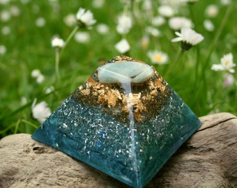 Aquamarine Orgone Pyramid - Spiritual Gift - Feng Shui Decor - Meditation Aid - Throat Chakra Healing