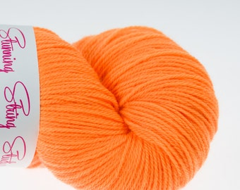 Papaya Bright in choice of bases