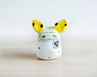 Bunny miniature totem ceramic animal, Ceramics & Pottery, Bunny totem figurine, Criature totem, Dolls and miniatures, Tiny totem