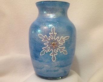 Winter Blue Snowflake Glass Vase - Snowflake Vase - Snowflake Home Decor - Winter Wedding Decor - Hand Painted Winter Blue Glass Vase