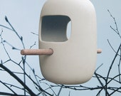 Birds Snack Bar // bird feeder of white porcelain and natural wood // bird house